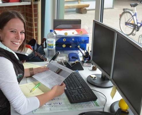 Tanja Senkbeil früher Auszubildende, jetzt in der Einsatzleitung bei Blunk in Rendswühren