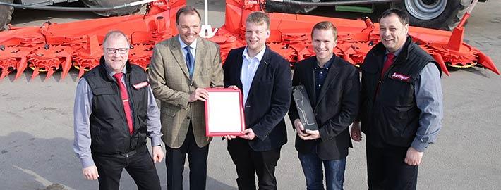 Blunk Gewinnübergabe Agritechnica Kemper -titel
