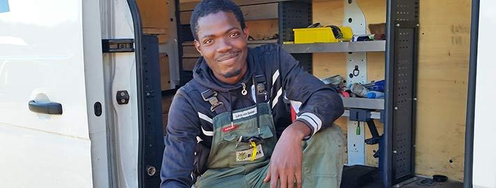 Blunk Mitarbeiter Kelvin aus Nigeria
