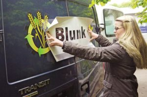 Blunk Karriere Julia Rave
