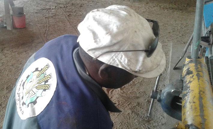 Blunk-Arbeitsjacke noch mit altem Logo bis Afrika gereist