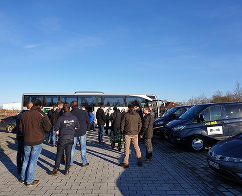 Blunk Gruppe auf Betriebsausflug zum Boßeln in Wismar - Ankunft alle Teams
