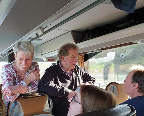 Blunk Gruppe auf Betriebsausflug zum Boßeln in Wismar - im Reisebus aus Rendswuehren 2