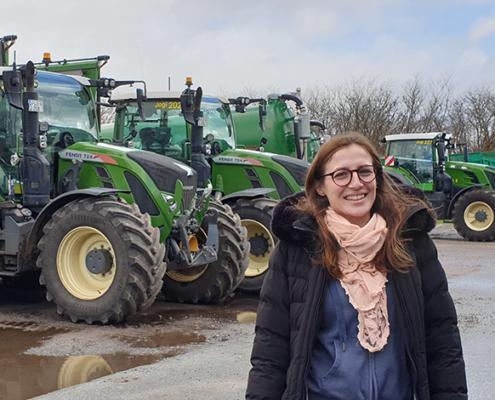 Blunk: Hanna Azubi Kauffrau für Büromanagement _ 01