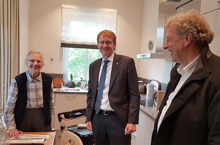 Ministerpräsident Günther besucht Umwelt- und Agrardienstleister Blunk 18