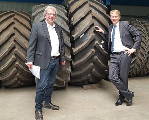 Ministerpräsident Günther besucht Umwelt- und Agrardienstleister Blunk 07