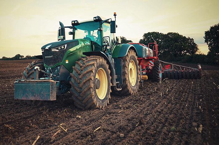 Blunk im Film beim Mais häeckseln in Honigsee - 10