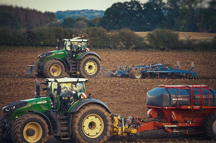 Blunk im Film beim Mais häeckseln in Honigsee - 11