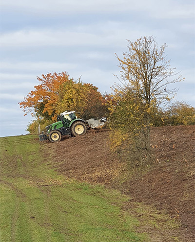 Blunk: Rodung und Räumung von Hangflächen für Weidebewirtschaftung 81