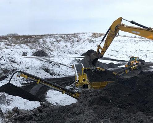 Blunk Umwelt-Lösungen: Baggerarbeiten und Siebarbeiten 03
