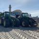 Dienstleister Blunk transportiert Sand auf Strand Warnemünde 06