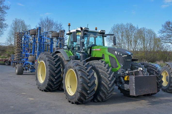 Blunk: Fendt Felgentest mit neuen Reifen von GKN 01