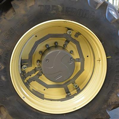 Blunk: Fendt Felgentest mit neuen Reifen von GKN 03