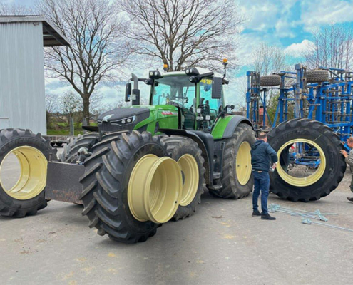 Blunk: Fendt Felgentest mit neuen Reifen von GKN 0910