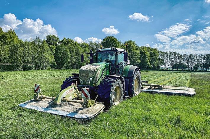 Blunk Lalendorf: Agrar-Team bei der GPS Ernte SM01