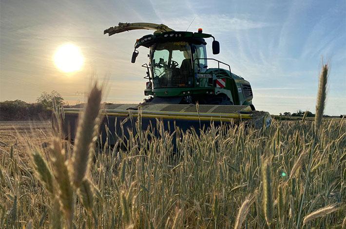 Blunk Lalendorf: Agrar-Team beim GPS haeckseln ML03