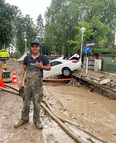 Blunk-Azubis packen an in Flutkatastrophengebiet an der Ahr 04